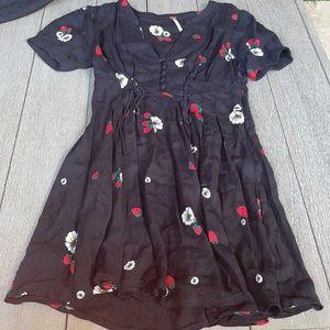 Women's dress never used